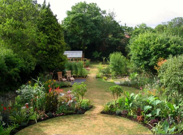 Suburban Garden Makeover From Boring Lawn To Riot Of Colour In 1 Year